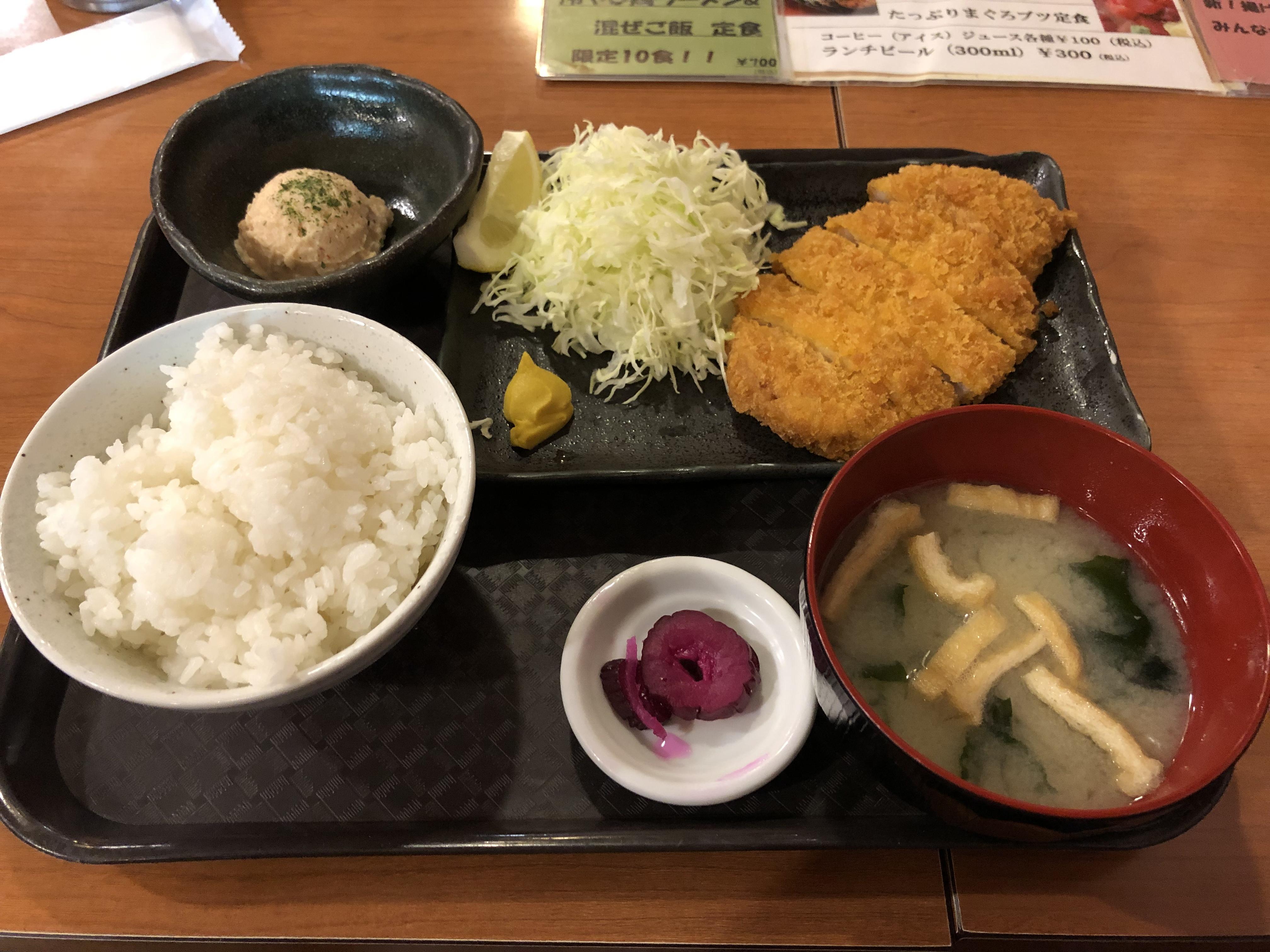 串神坊_トンカツ定食