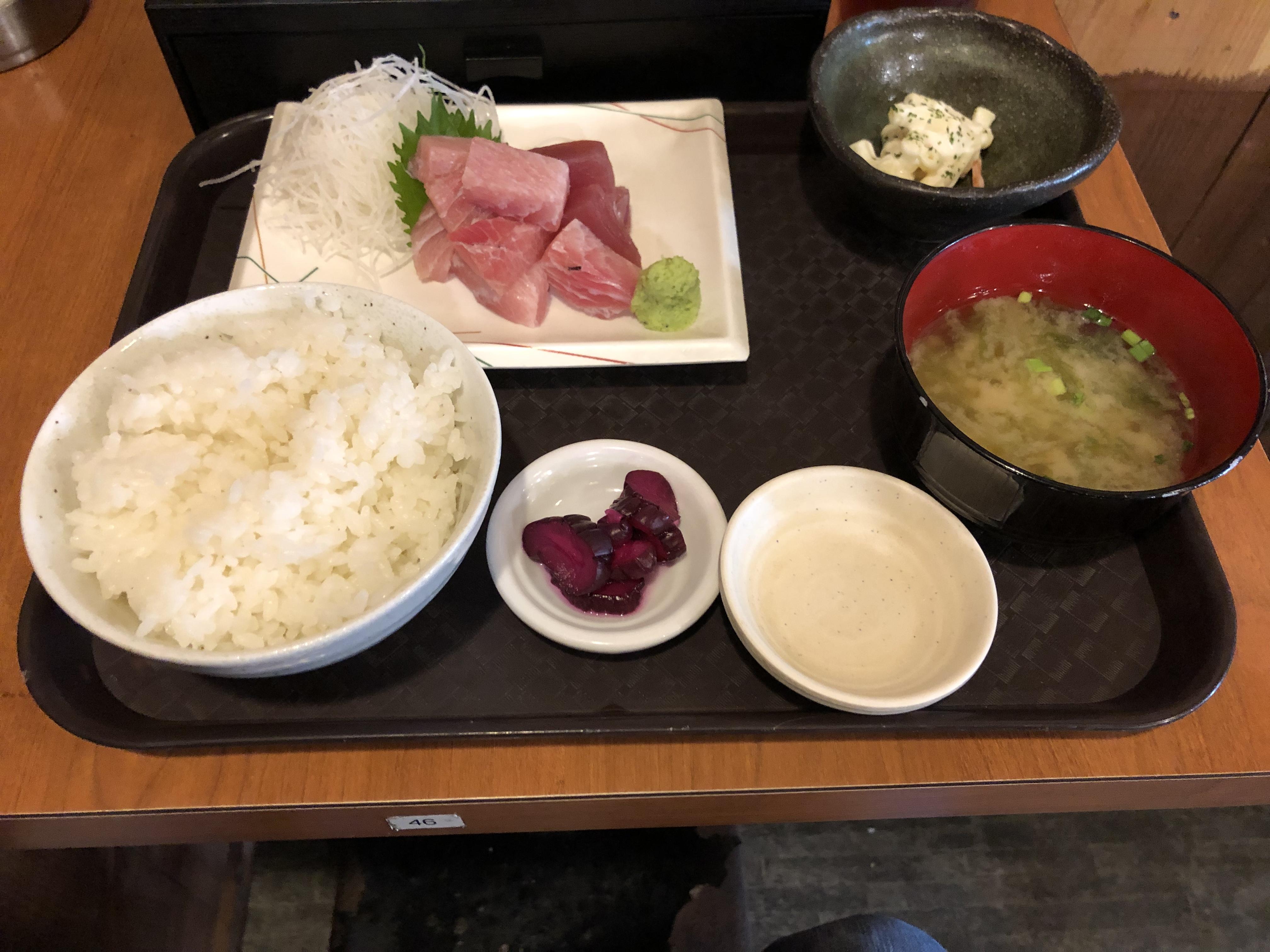 串神坊_まぐろのブツ定食